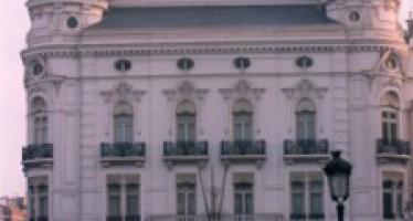 Cocemfe Valencia recibe 10.000 euros de la Obra Social de Bancaja