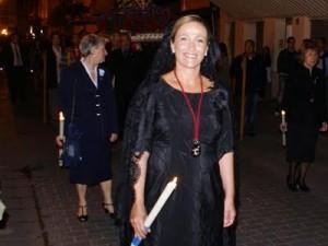 Lourdes Bernal de clavariesa en una procesión de la Semana Santa Marinera de Valencia
