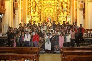 La parroquia de Ruzafa edita el primer devocionario chino-castellano en España