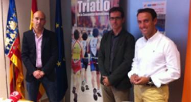 """Mateo Castellá: """"El Duatlón Circuito de Cheste refleja el retorno social de la inversión en instalaciones deportivas"""""""