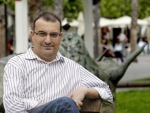 Josep V. Frechina presenta dijous a Ontinyent el seu llibre sobre la història de la cançó en valencià