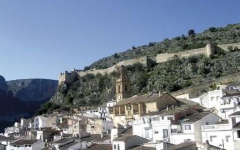 Chulilla incluye los puentes colgantes en su ruta medioambiental