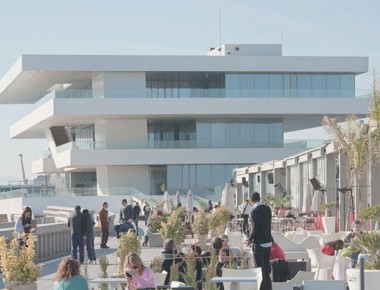 la-marina-de-valencia-zona-restaurantes