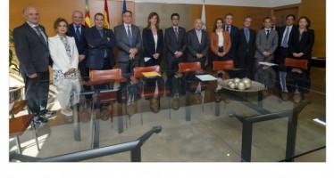 La Cátedra de Cultura Directiva y Empresarial de la UPV renueva su convenio con los patronos
