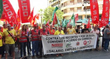 La plantilla de la Unidad de Reparto de Correos en Vila-Real se moviliza
