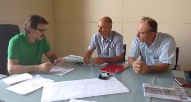 El concejal de Movilidad se compromete con el sector del Taxi