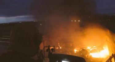 Dos incendios en empresas de Carlet y Benifaió se unen al de Massanassa en una semana 'negra'