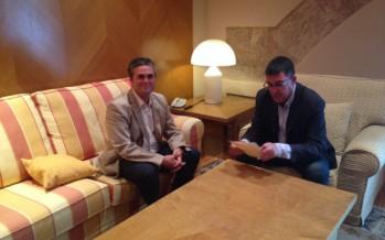 El Presidente de les Corts recibe al Alcalde de Albaida