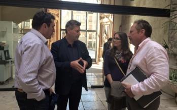 Aguar se reúne con el alcalde de Cofrentes para activar su inclusión en el Consorcio de Bomberos
