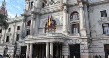 El Ayuntamiento de Valencia se suma al Día Internacional de la Niña