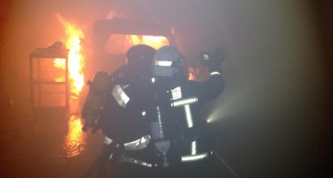 Un incendio en Vila-Real obliga a evacuar un parque infantil