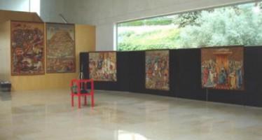 Los tapices y medallas de Pere Mª Orts, patrimonio del Ayuntamiento de Benidorm tras la donación del historiador y su familia