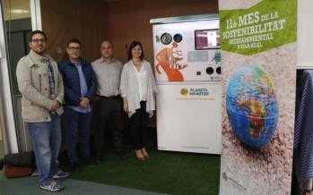 El Mercado Central de Vila-real instala la primera máquina de reciclaje con incentivos