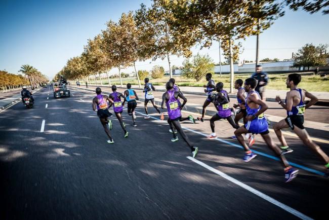 Maraton-Valencia-Trinidad-Alfonso-2015-salida-05b