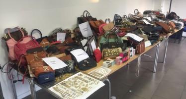 La Policía Local de Valencia incauta productos falsificados en un control preventivo