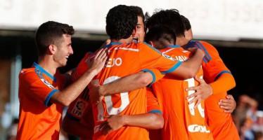 Paco Alcácer y Parejo se dan un festín en Vigo (1-5)
