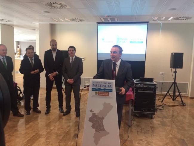 Acto en Cortes de Pallás a la finalización de las obras de la carretera.