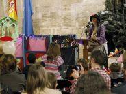 Talleres y juegos tradicionales valencianos en el patio gótico del Palau