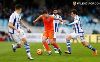El Valencia CF vuelve a las andadas en Anoeta (2-0)