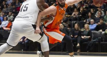 El PAOK, otra víctima del rodillo taronja, agranda la leyenda del Valencia Basket (78-62)