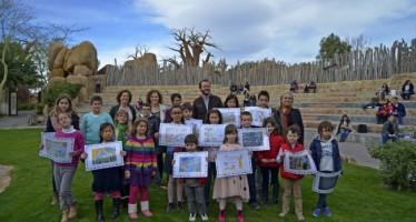 La ganadora y finalistas del 5º Concurso de Dibujo del pase B! infantil 2016 reciben premios de Bioparc
