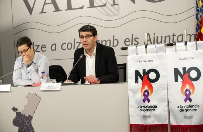 1-RdP ayudas fallas 'No a la violencia de Género' foto_Abulaila1_0