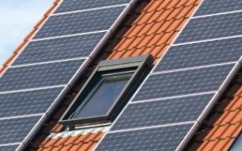 AVAESEN reúne a todo el sector eléctrico en el debate sobre energías renovables