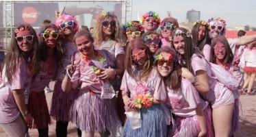 Más de 8.000 jóvenes se divirtieron en la Holi Run