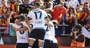Negredo rescata la victoria para el Valencia CF en el minuto 91 (2-1)