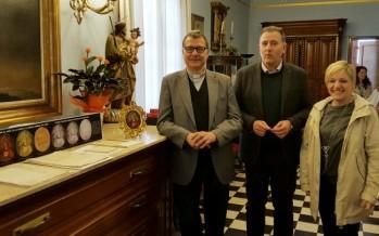 La Diputación restaura una pieza del patrimonio de la Virgen del Lledó