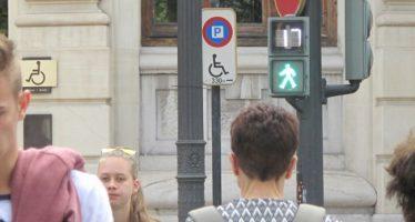 Un total de 15 pasos de peatones de Valencia estrenan descontadores