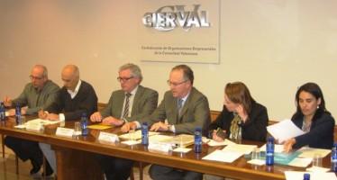 Julià Álvaro debate con Cierval sobre el cambio hacia un modelo productivo sostenible