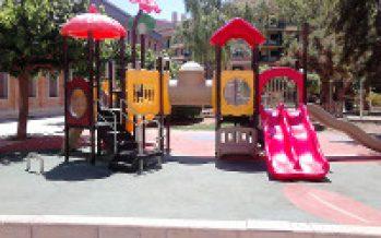 Obras y Servicios mejora los parques infantiles de Benicarló