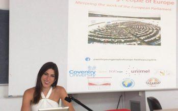 Una alumna de periodismo del CEU CH participa en un proyecto del Parlamento Europeo