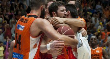 Valencia Basket fuerza en La Fonteta el cuarto partido (87-86)