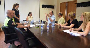 Gómez promete a la Asociación Valenciana de Personas Sordas ayuda de la Policía Local