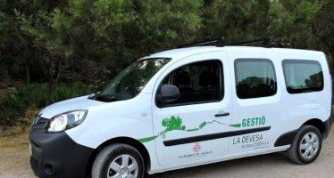 El Ayuntamiento pone un coche eléctrico al servicio de La Albufera