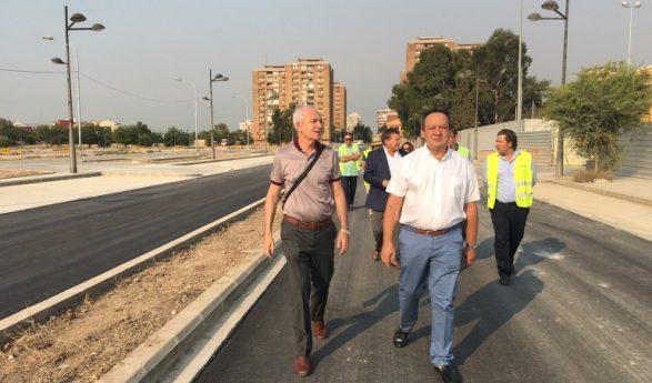 Sarriá anuncia que la urbanización de Quatre Carreres acabará en agosto