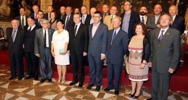 La pressa de possessió dels nous acadèmics de la AVL, acte de força del Consell
