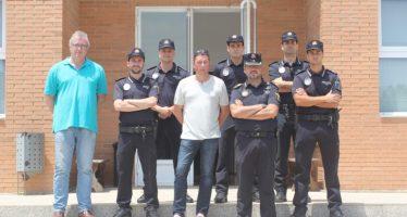 Chiva refuerza la vigilancia en urbanizaciones y diseminados con seis agentes de Policía