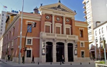 La comedia 'Los vecinos de arriba' agota las entradas en el Teatro Principal de Castellón