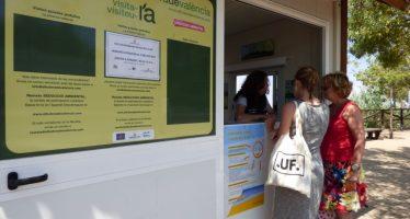 El Ayuntamiento reconoce el trabajo del primer voluntariado ambiental de verano en La Devesa
