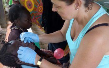 Una auxiliar del Hospital La Plana acerca su experiencia a Burkina Faso