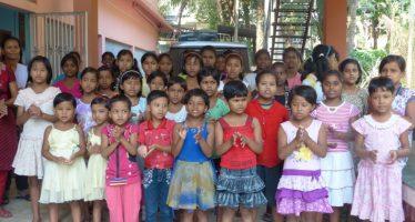 Manos Unidas de Valencia construye un comedor para una casa de acogida de niñas de la calle en la India