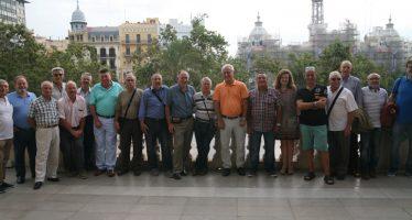 El alcalde de Valencia homenajea a los trabajadores y trabajadoras de la EMT que se han jubilado