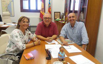 El IVAJ y la Mancomunitat Camp de Turia abordan los servicios de la Xarxa Jove