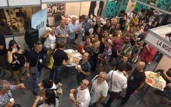 Teatro valenciano, horchata y fartons en FiraTàrrega