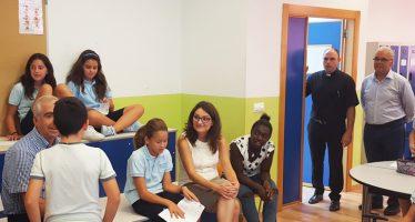 Mónica Oltra visita el Colegio Imperial Niños Huérfanos de San Vicente Ferrer