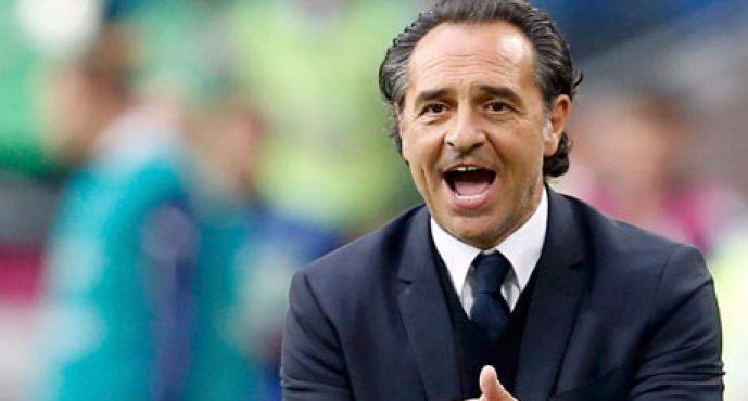 El Valencia CF se debate entre Prandelli…, o Prandelli