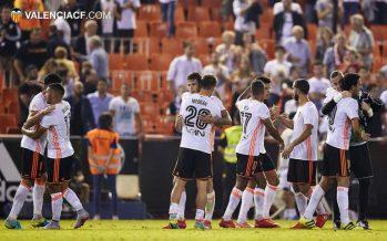 Voro vuelve al rescate del Valencia CF ante el Alavés (2-1)